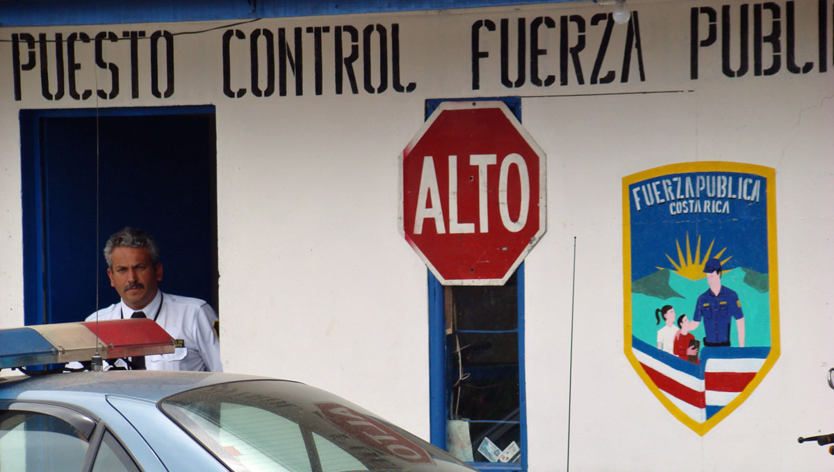 esquadra da policia na costa rica
