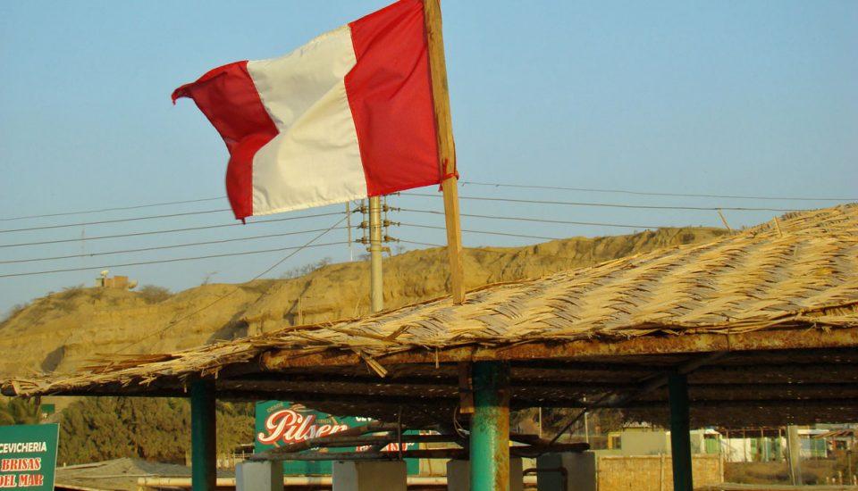 bandeira do peru em mancora