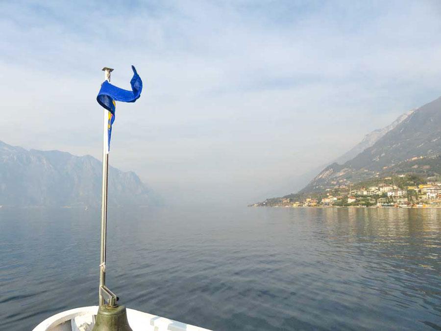 Barco ferry Lago di Garda