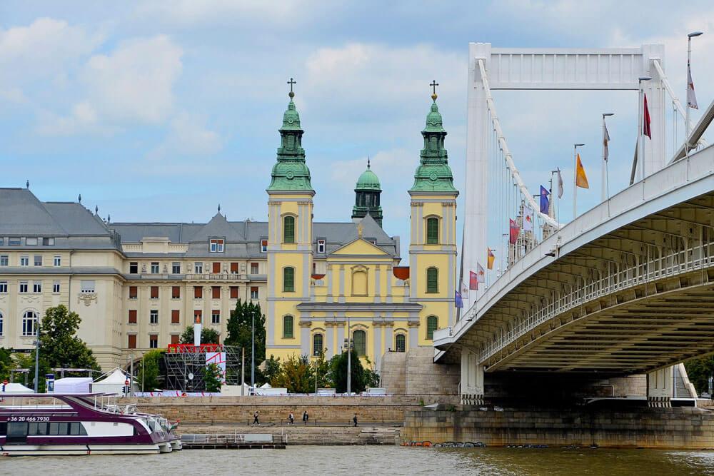 igreja budapeste