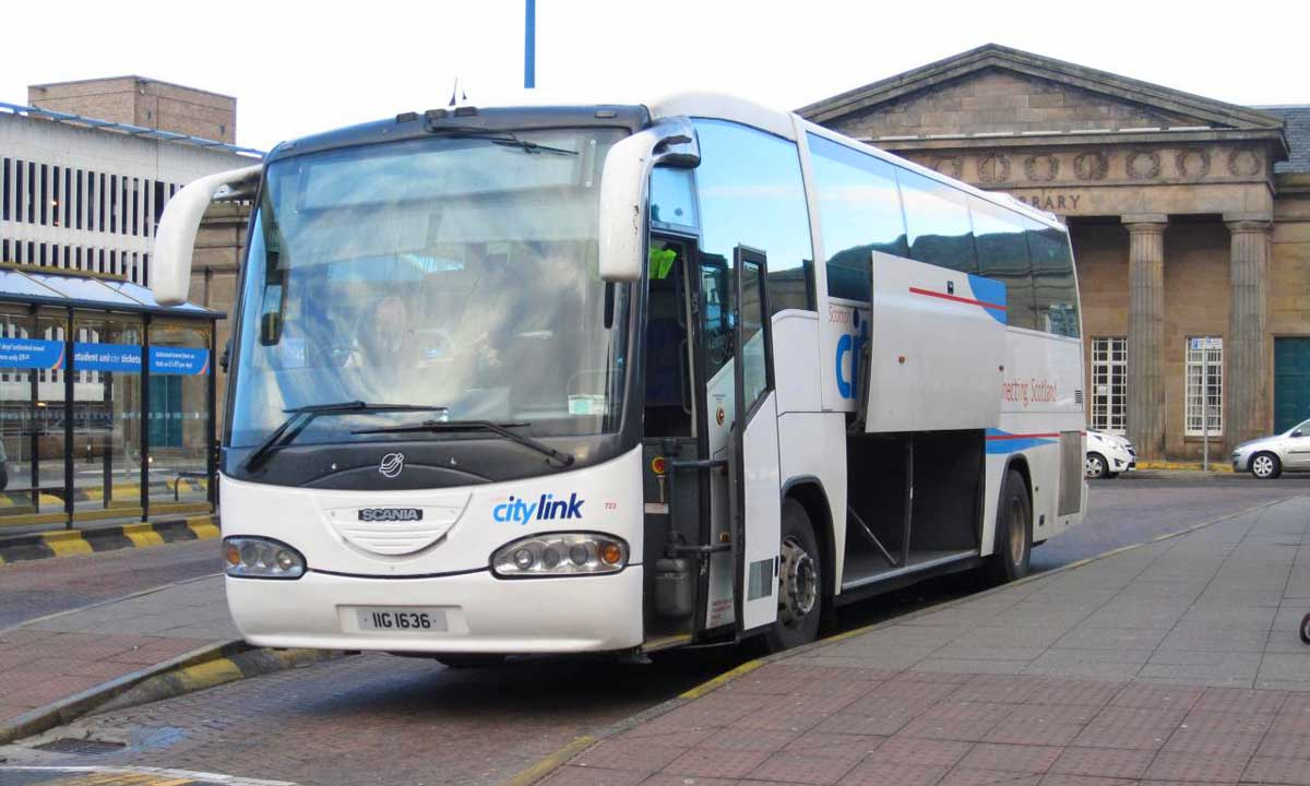Autocarro, Ónibus na Escócia
