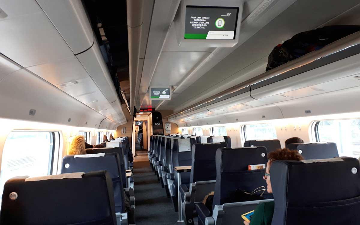 Comboio CP Alfa Pendular