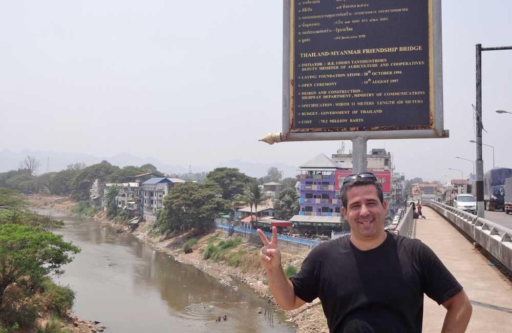 Ponte entre Tailândia e Myanmar