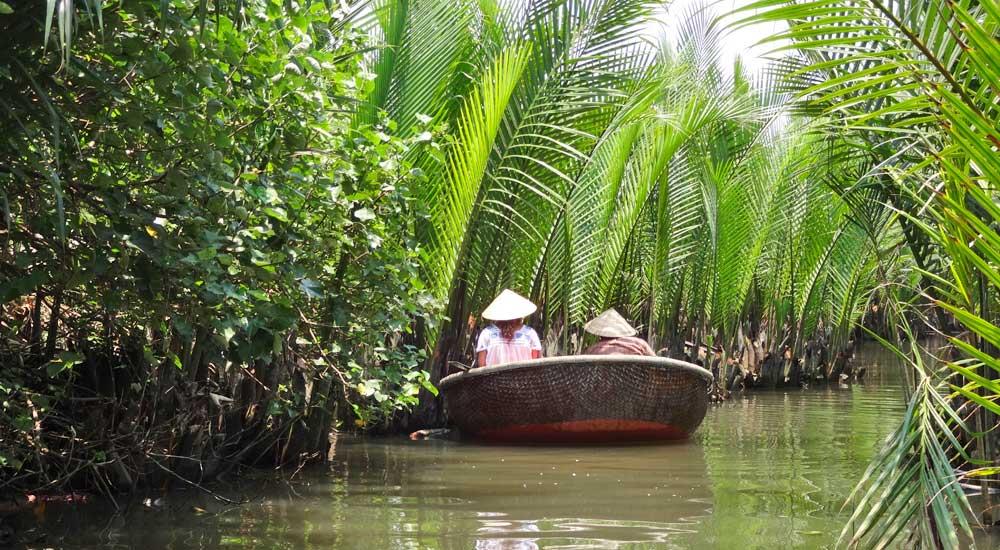 Basket boat em Hoi An, Vietname