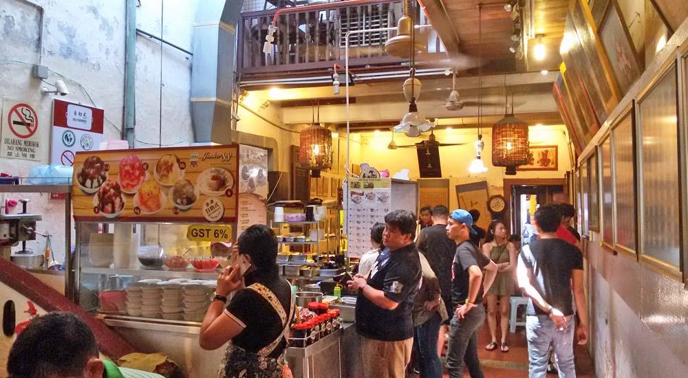 Comer em Malaca