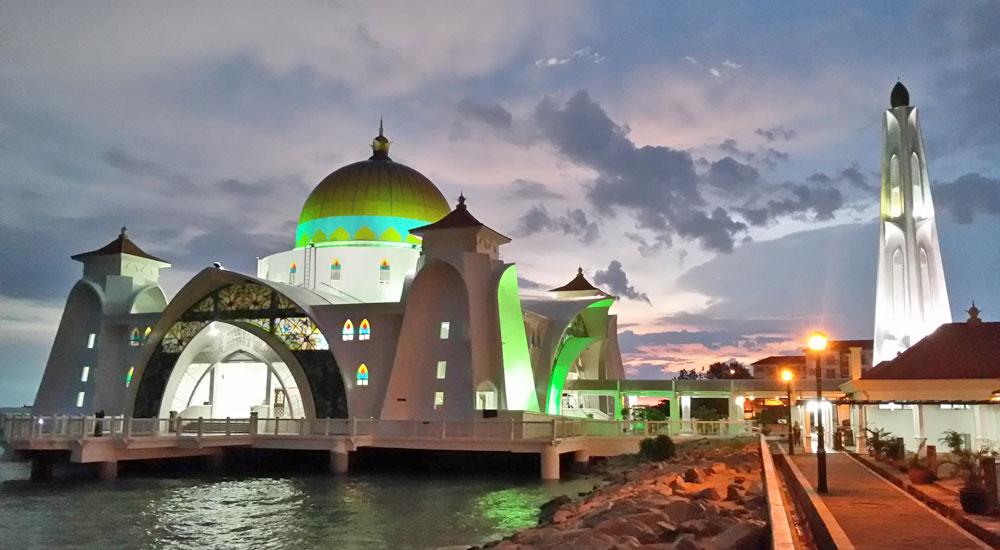 Mesquita Terapung Selat, Malaca
