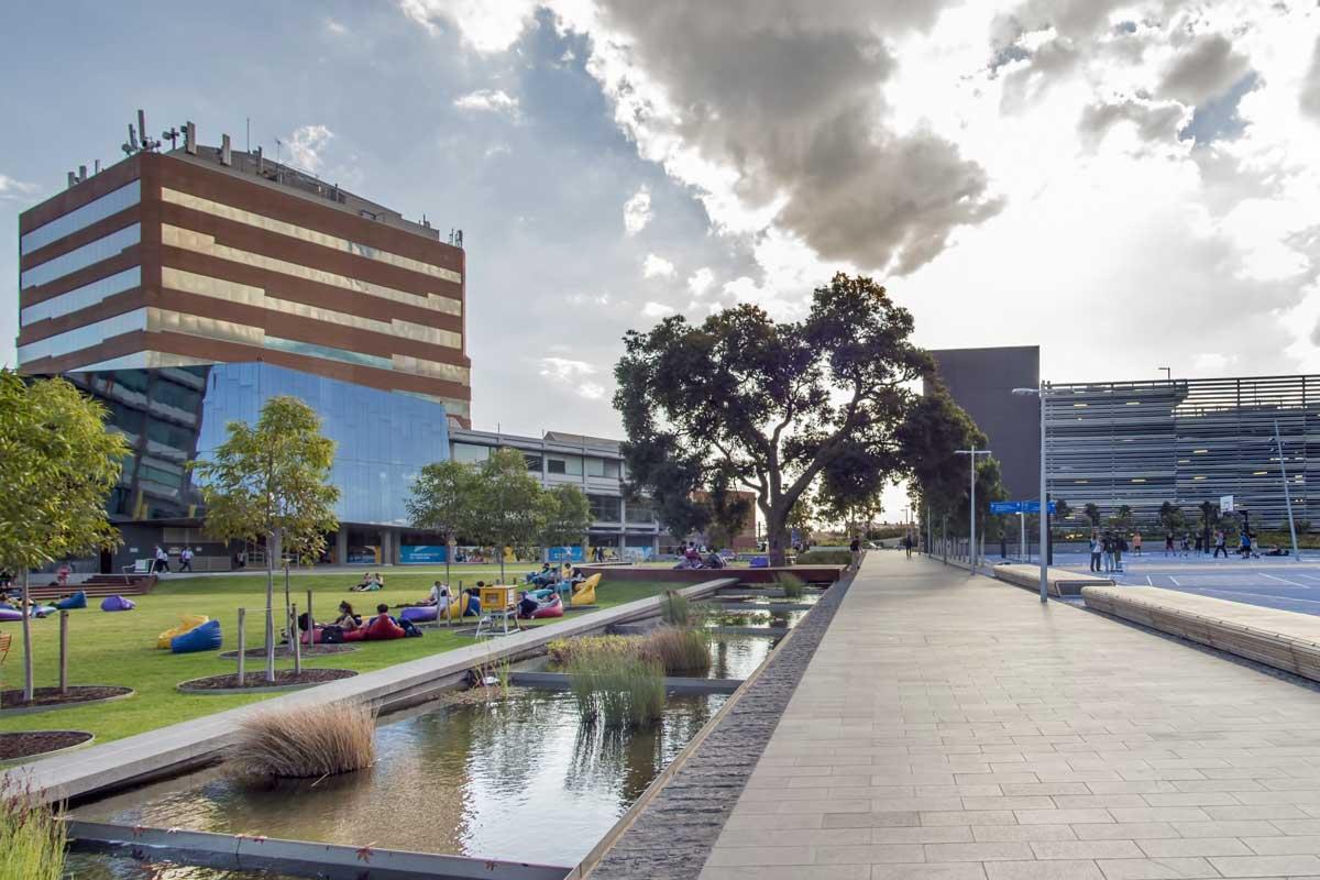 monash university melbourne