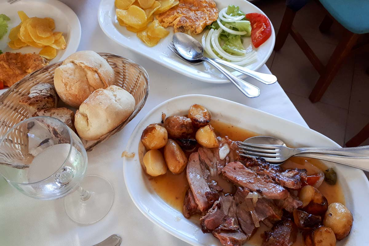 restaurante hotel miracastro