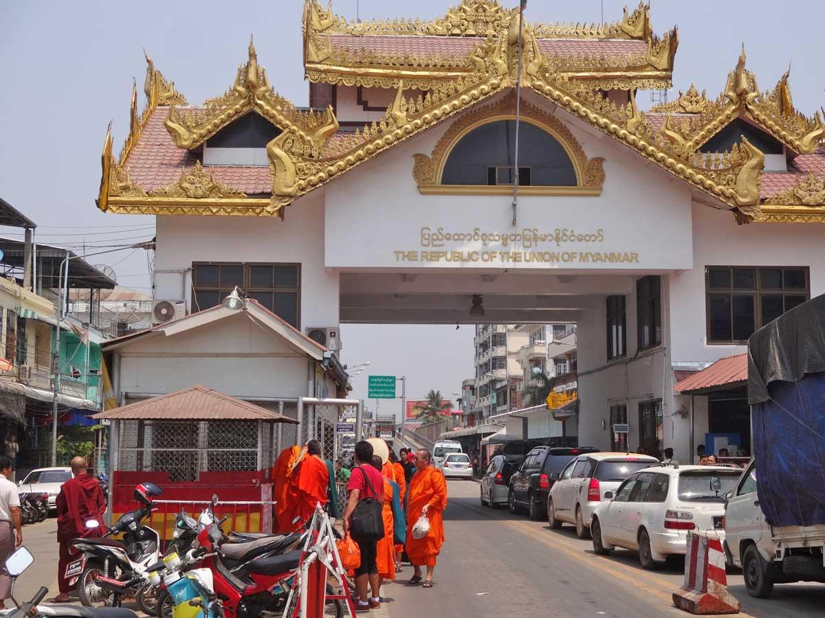 myanmar fronteira MaeSot Myawaddy