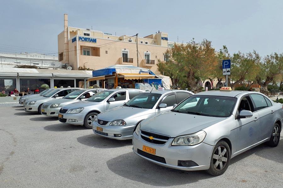 Táxis em Adamantas, Grécia